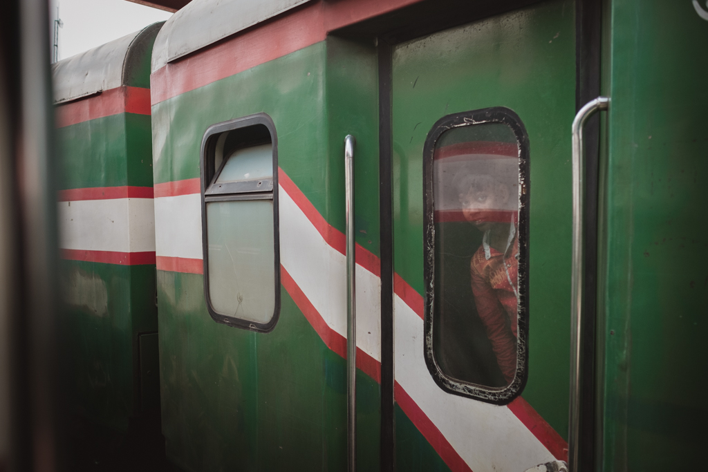 Christof_Wolf_Bangladesch_Train-3